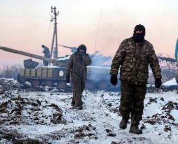 под Горловкой идут сильные бои, в ЛНР бесчинствуют украинские нацбатальоны