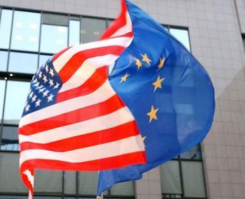 ЕС и США высылают российских дипломатов