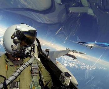 пилоты США покидают военную службу