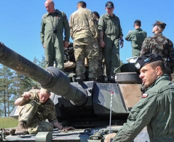 Танковый биатлон НАТО