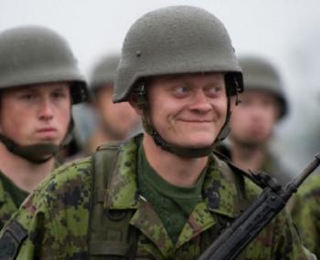 Чешские солдаты устроили драку в литовской Клайпеде