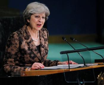 Канцелярия Мэй: Великобритания предпочла бы видеть в России конструктивного партнера