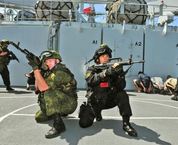 Военные учения России и Китая пройдёт в Южно-Китайском море