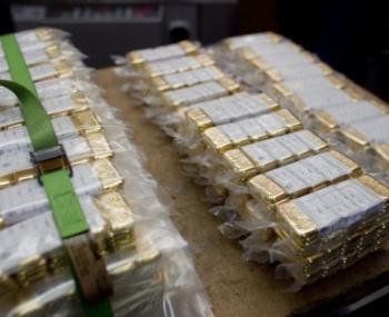 Германия вывозит золото из США
