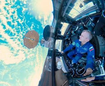Панорамное видео из открытого космоса