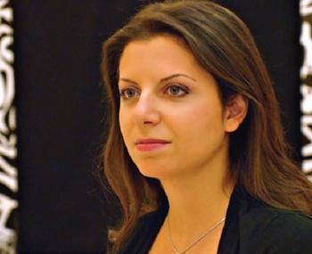 """Симоньян рассказала, как Россия смогла двумя твитами """"обрушить"""" США"""