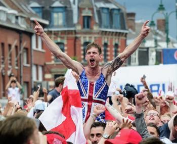 Британским фанатам составили памятку по поведению в России