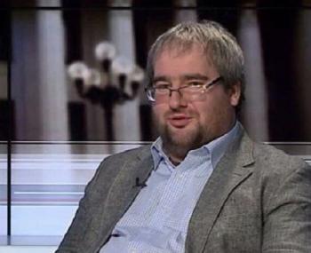 """Политолог раскрыл """"хитрую схему"""" Петра Порошенко"""