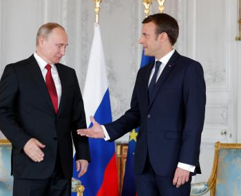 Макрон Эммануэль и Владимир Путин
