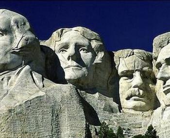 памятники в США поразила странная слизь