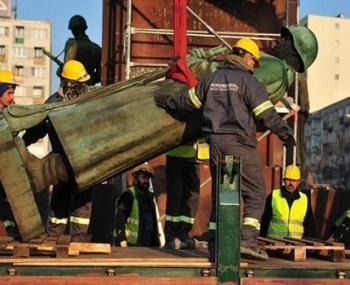 Ликвидация памятника советскому солдату в Польше