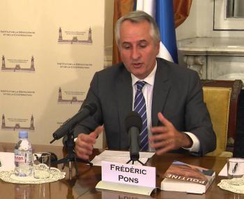 """Французский политолог рассказал, почему """"США жестко ошиблись насчет России"""""""