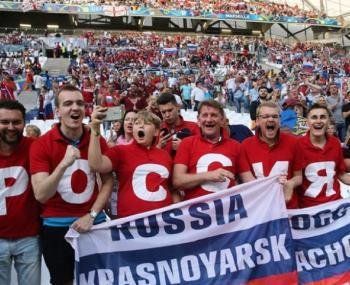 """Очередная """"страшилка"""" о российских футбольных фанатах вышла в США"""