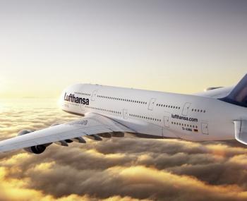 пассажиры самолета увидели странное явление