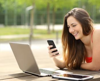 Эксперты рассказали, как без дополнительной зарядки продлить работу смартфона
