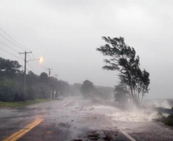 Названы российские регионы, где в 2018 году ожидаются град и ураганы