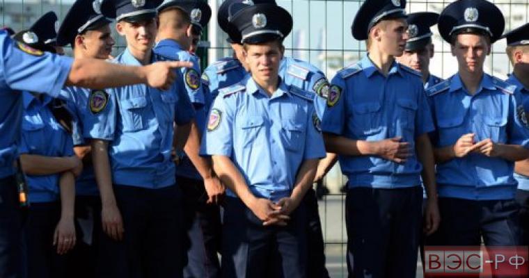 После проверки на верность Украине были уволены 585 милиционеров Донецка