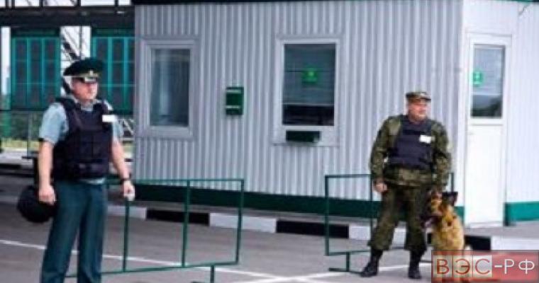 """На КПП """"Гуково"""" из-за обстрелов эвакуированы таможенники"""