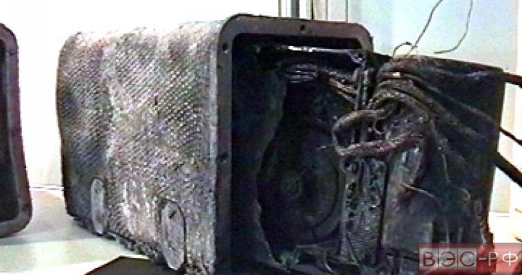 Черные ящики разбившегося Boeing будут бесполезны, считает авиаинженер