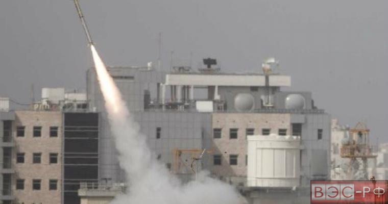 Израильская авиация вновь подвергла обстрелу жилые дома в Секторе Газа