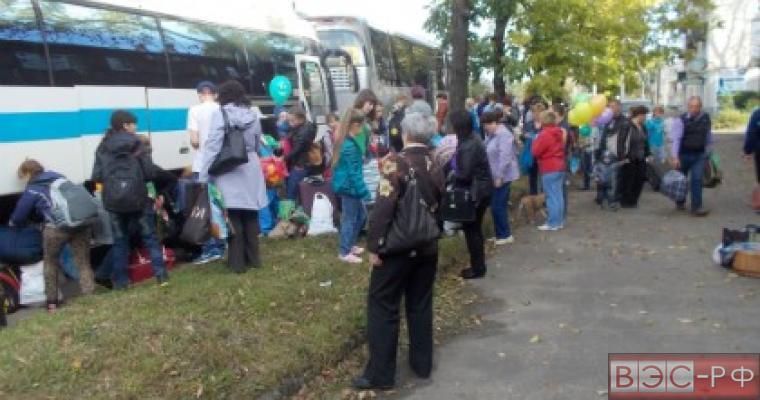 На Колыме из-за циклона более 200 детей эвакуированы из лагеря
