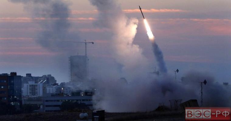 Украина бомбит Донбасс баллистическими ракетами