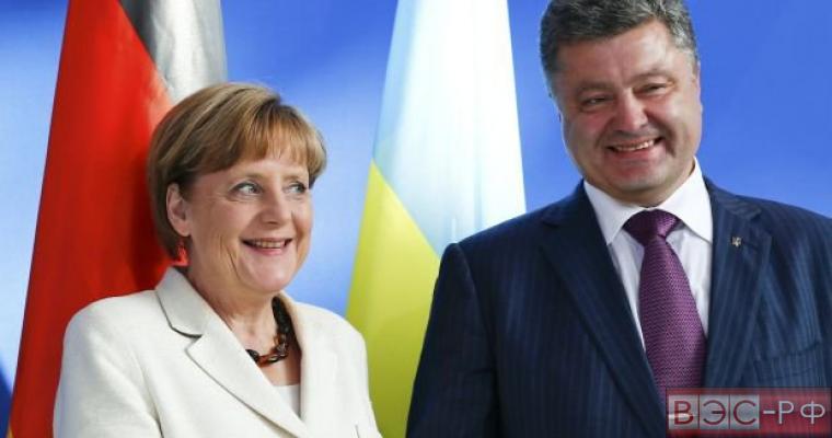 Меркель и Порошенко провели разговор о Boeing
