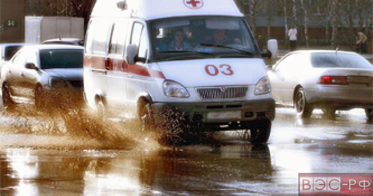 В Волгоградской области на трассе М-6 произошла автокатастрофа