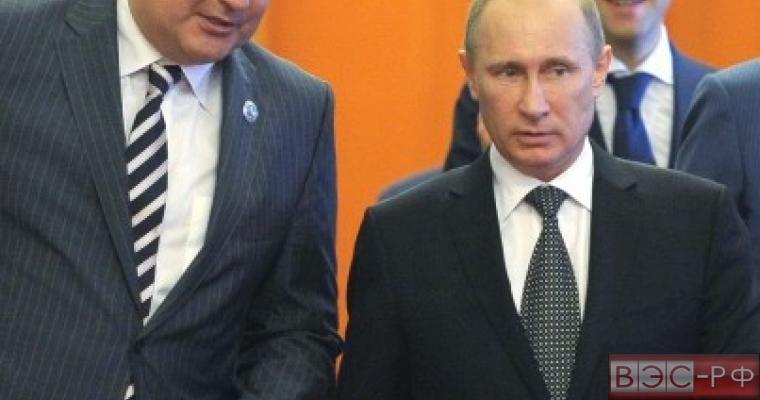 Владимир Путин вскоре может стать главой военно-промышленную комиссию