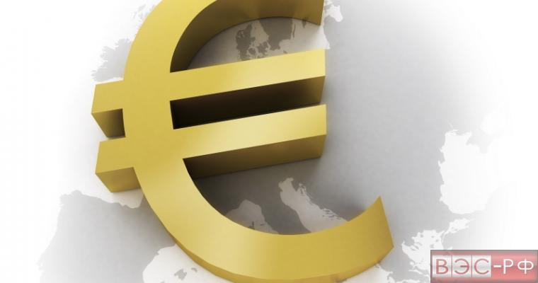 Евро превысил свой исторический максимум