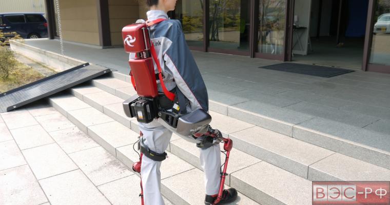 Экзоскелет для людей с инвалидностью, Япония
