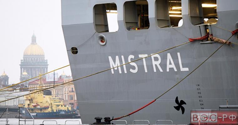 МИД назвал «странным водевилем» ситуацию с «Мистралями»