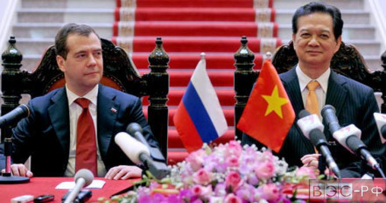 Дмитрий Медведев на переговорах с премьер-министром Вьетнама Нгуен Тан Зунг