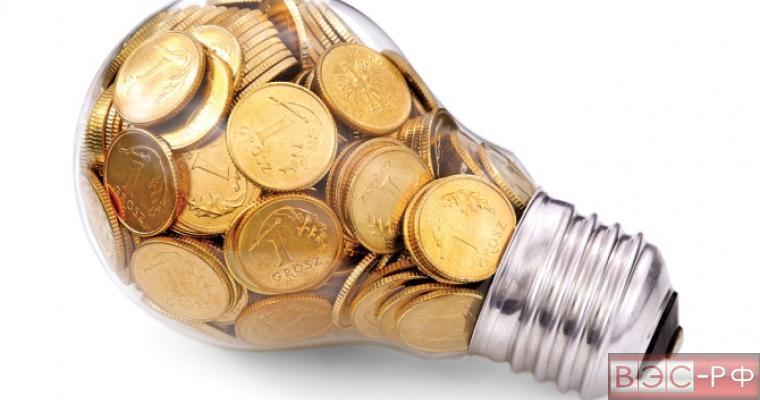 Лампочка накаливания с монетами