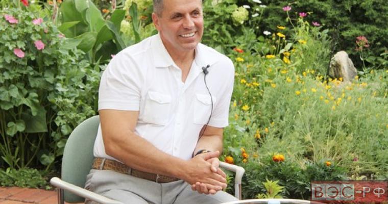 председатель крымского Госсовета Владимир Константинов