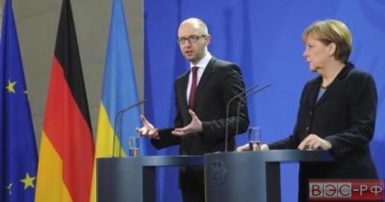 Берлин отказался комментировать слова Яценюка о советской агрессии во Вторую мировую