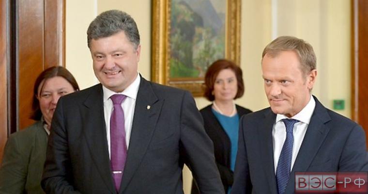 Туск угрожает России новыми санкциями