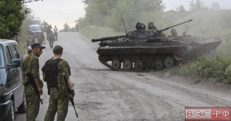 В Донецкой области идет танковый бой