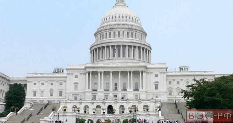 Конгресс США профинансировал министерство нацбезопасности всего на неделю
