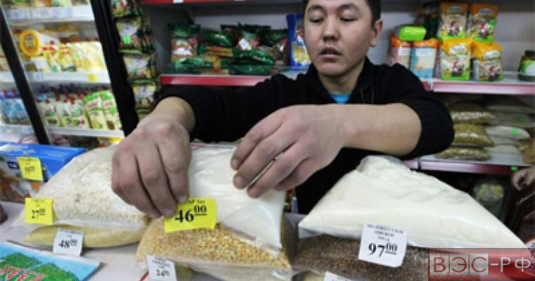 Цены на товары будут указывать только в рублях