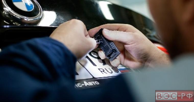 Автодилеры требуют права на продажу машин с номерами