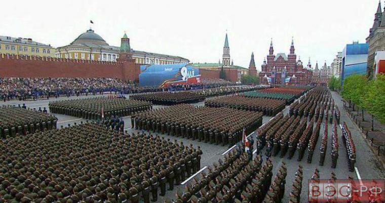 Кремль продемонстрировал свою мощь парадом Победы - CNN