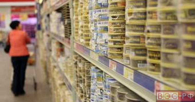 Россия запретит импорт рыбных консервов из Прибалтики