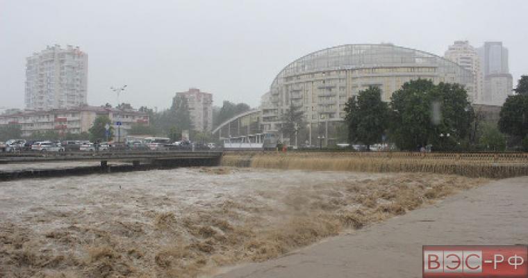 Наводнение в Сочи: пострадавшим выплатят компенсации