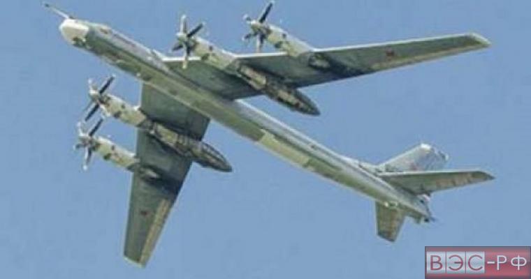 Приблизившийся к США пилот Ту-95 поздравил американских летчиков с 4 июля