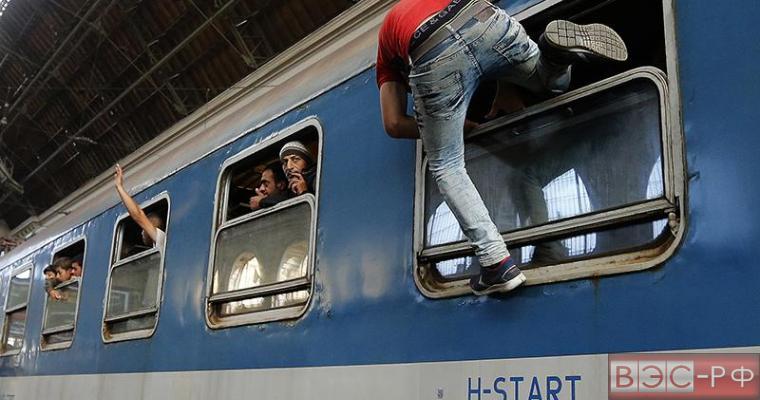 ЕС переправит беженцев в третьи страны