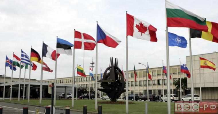 NATO проведет учения с использованием ядерных сил, чтобы припугнуть Россию