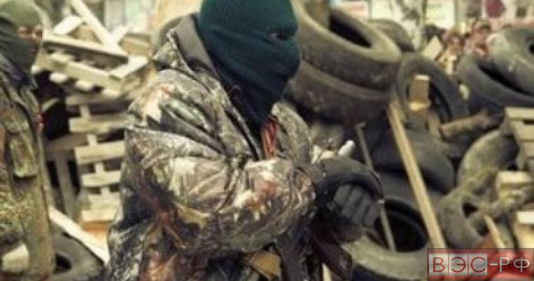 Донецк подвергается новым обстрелам, в ЛНР взорван склад  боеприпасов