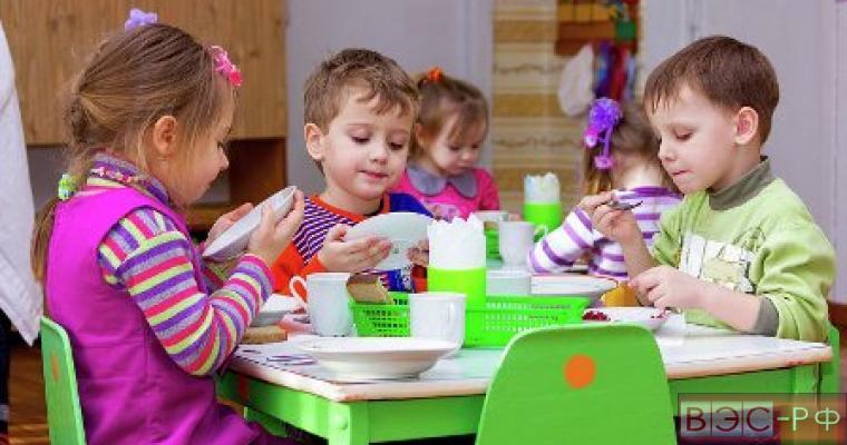 Дети из бедный семей чаще страдают ожирением