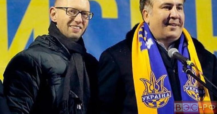 Яценюк просит денег, Саакашвили ждет Майдан